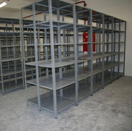 Light Shelving with Bolts